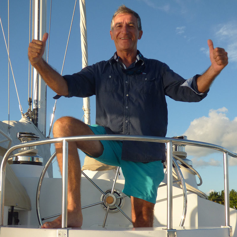 01-bernard-quetzal-catamaran-captain