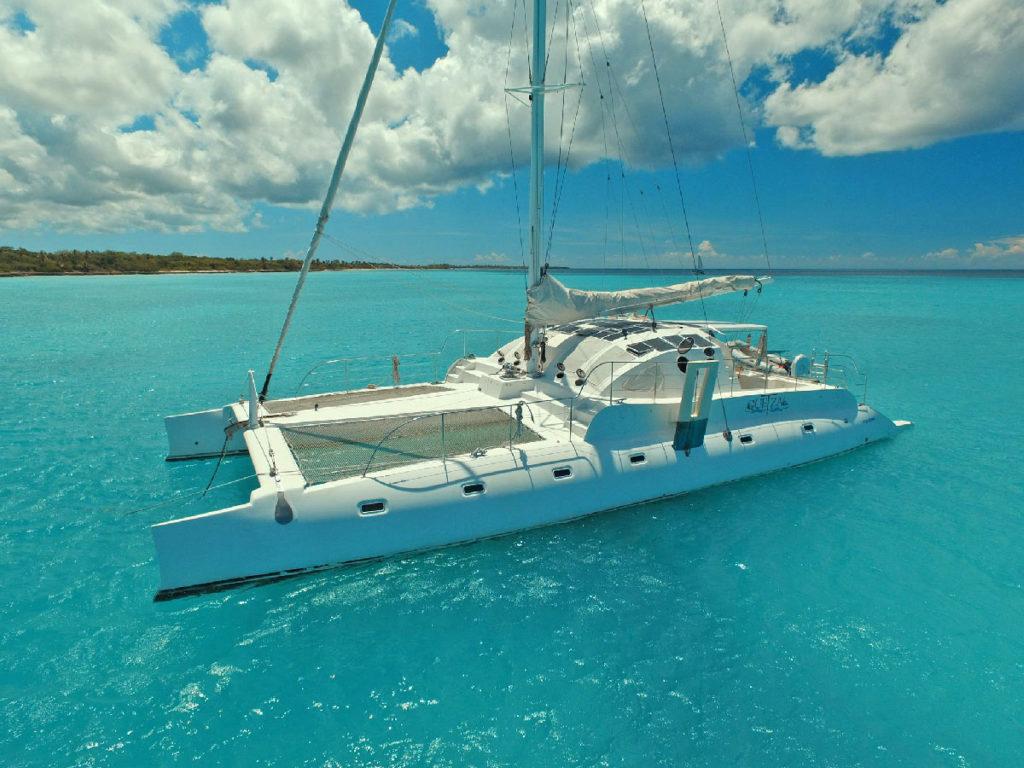 Catamaran, diving and snorkeling